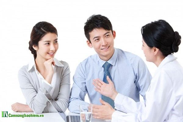 Lắng nghe là kỹ năng cần thiết ở một tư vấn viên